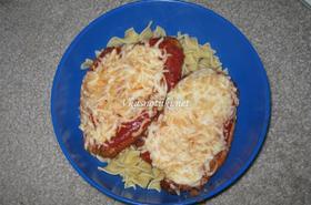 Пилешка пържола с кашкавал и топено сирене
