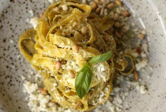 Талиателе с кедрови ядки на Spagetti Kitchen