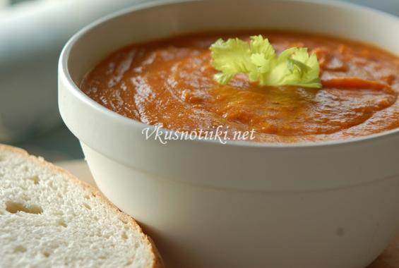Крем супа от картофи с домати