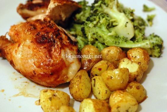 Пилешко филе с картофи