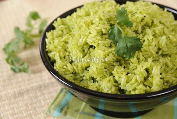 Зелен лук и ориз на фурна