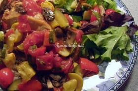 Задушено пиле със зеленчуци