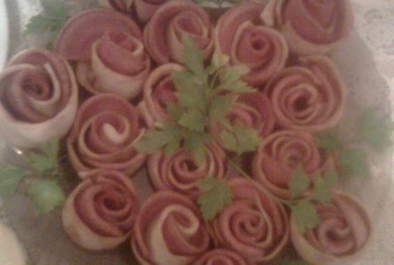Бързи рози за неочаквани гости