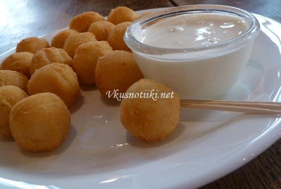Кюфтенца от картофи-пълнени с кайма