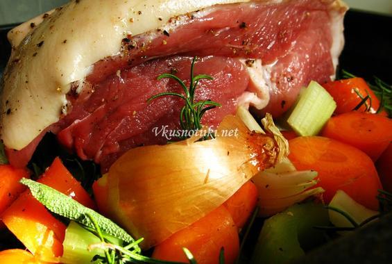 Свинско месо със зеленчуци II