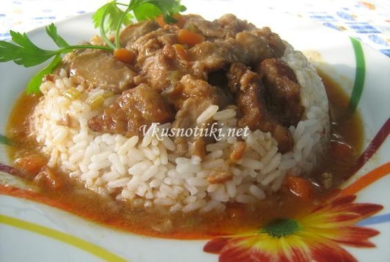 Кебап върху ориз